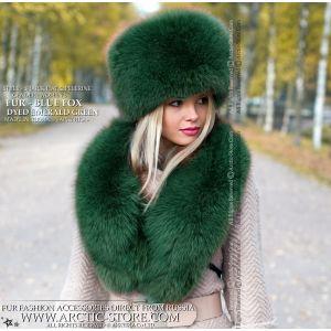 green fox fur set - emerald hat and collar